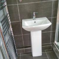 Grey-Bathroom-vert2