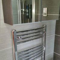 Grey-Bathroom-vert3